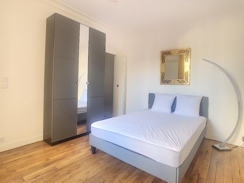 Appartement à louer 2 45.69m2 à Paris 14 vignette-3