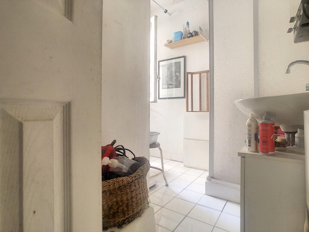 Appartement à vendre 2 32m2 à Paris 13 vignette-4