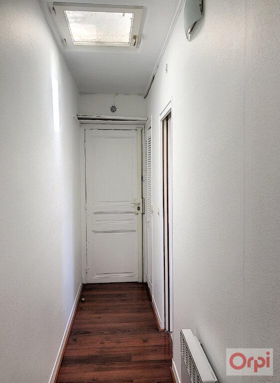 Appartement à louer 1 21m2 à Paris 14 vignette-3