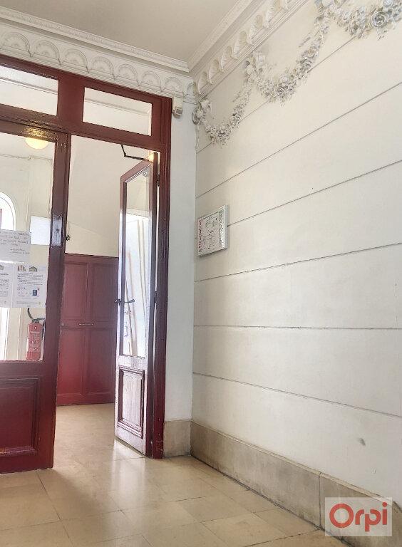 Appartement à louer 1 21m2 à Paris 14 vignette-6