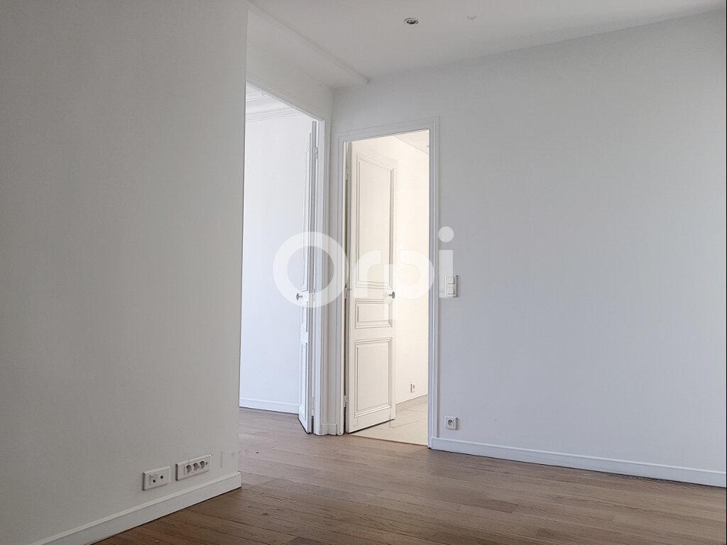 Appartement à louer 2 51.4m2 à Paris 14 vignette-2