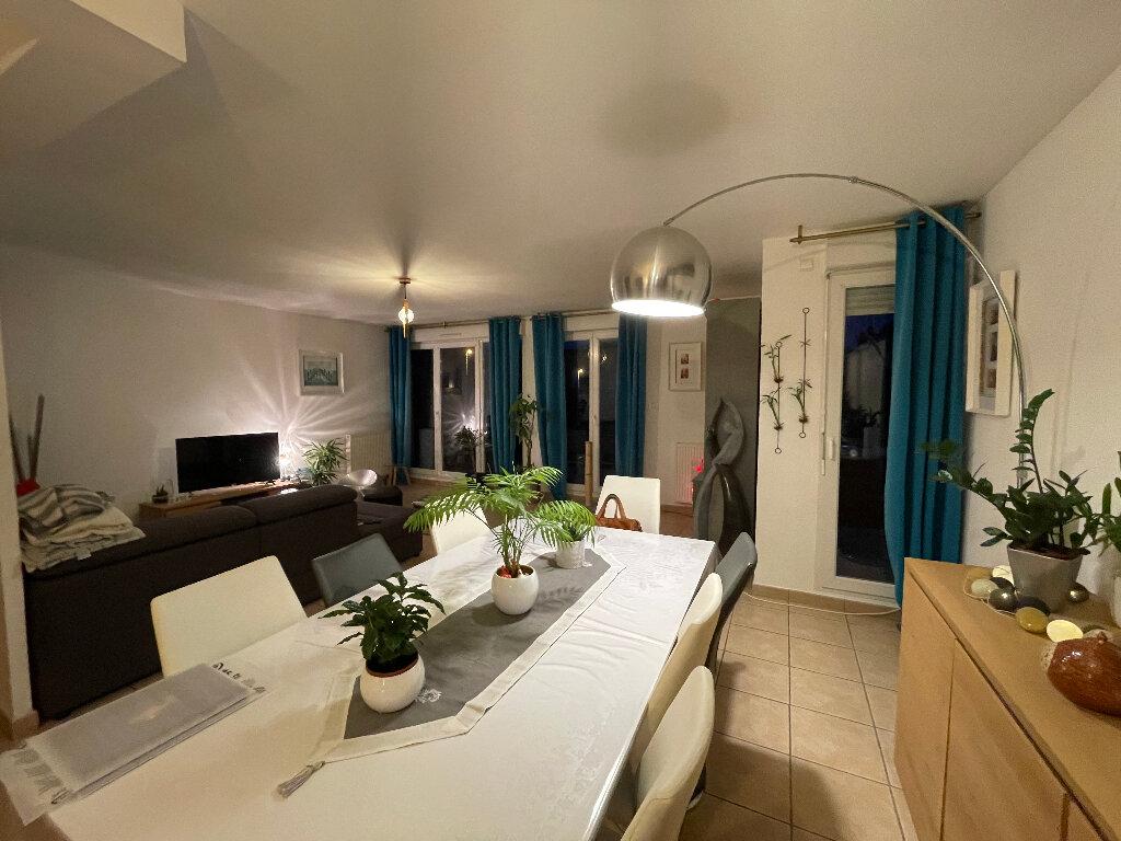 Maison à louer 5 118m2 à Limoges vignette-2