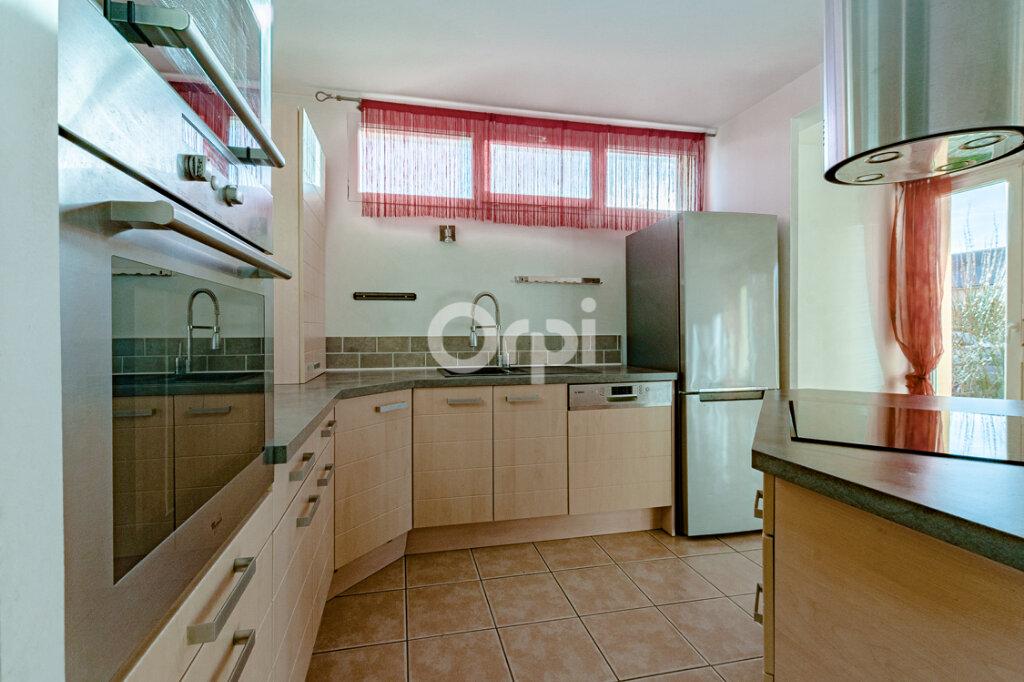 Maison à louer 7 125m2 à Limoges vignette-1