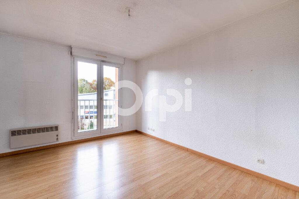 Appartement à louer 1 24m2 à Limoges vignette-2