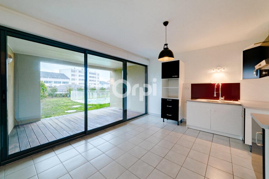 Maison à louer 5 92.81m2 à Limoges vignette-3