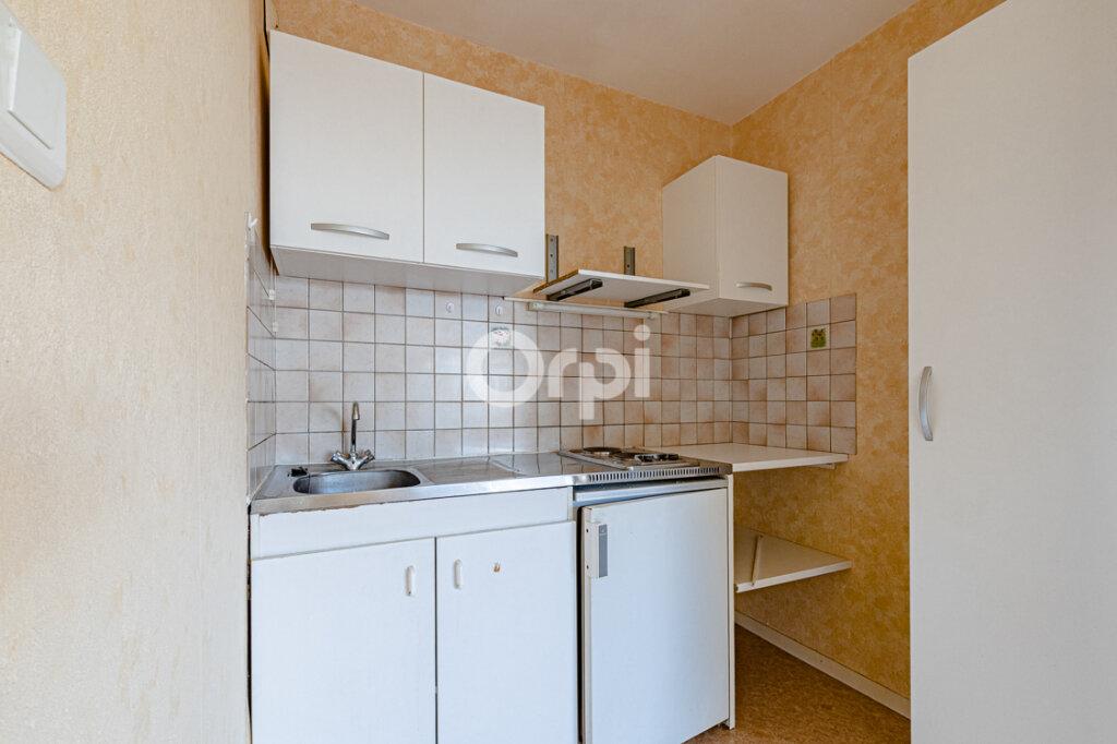 Appartement à louer 2 46m2 à Limoges vignette-5
