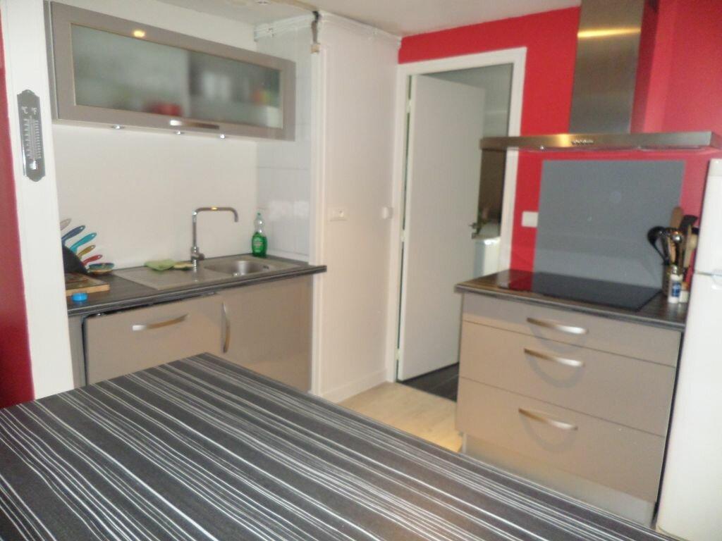 Appartement à louer 2 41.38m2 à Limoges vignette-3