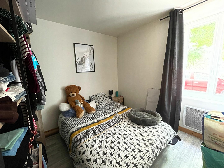 Appartement à louer 2 27m2 à Limoges vignette-3