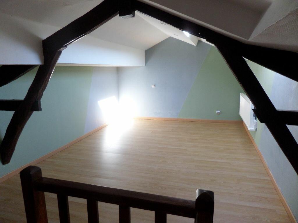 Maison à louer 4 72m2 à Saint-Priest-Taurion vignette-3