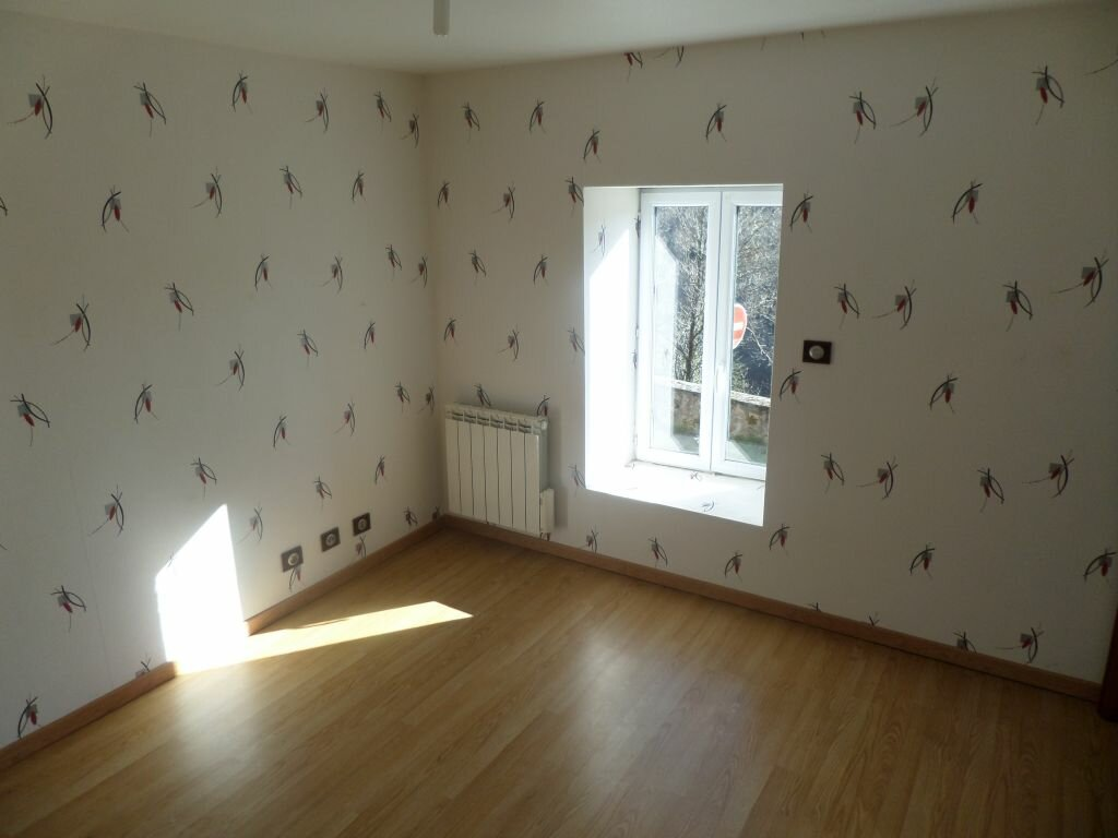 Maison à louer 4 72m2 à Saint-Priest-Taurion vignette-9
