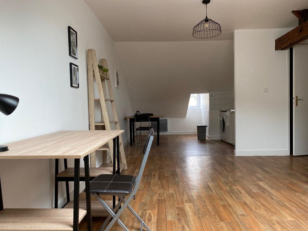 Appartement à louer 1 27m2 à Limoges vignette-1