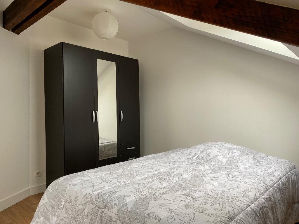 Appartement à louer 1 27m2 à Limoges vignette-4