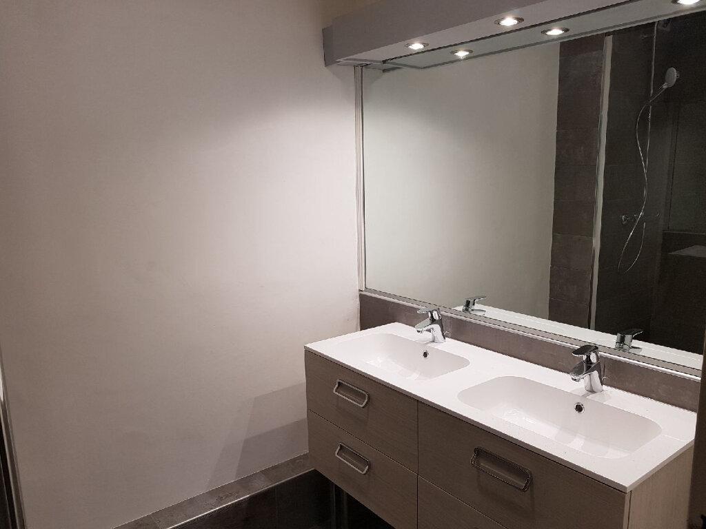 Appartement à louer 3 77m2 à Limoges vignette-8