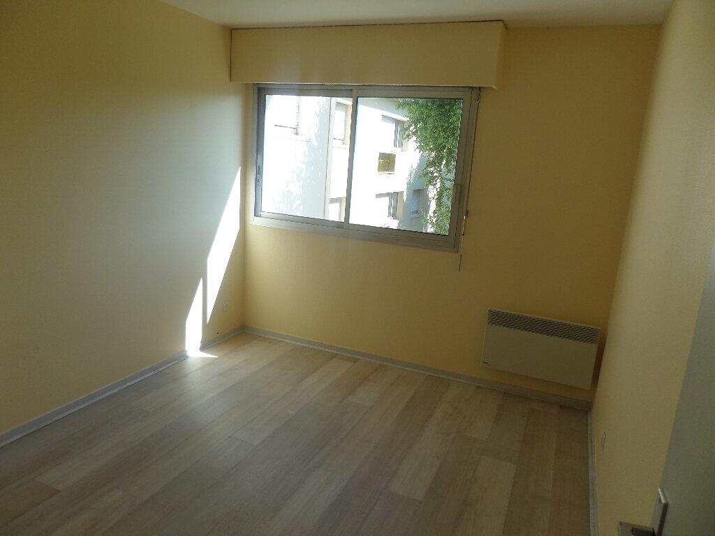 Appartement à louer 3 77m2 à Limoges vignette-9