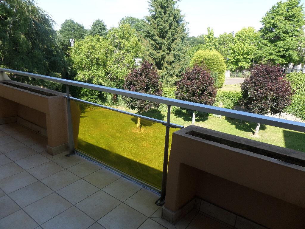 Appartement à louer 3 77m2 à Limoges vignette-10