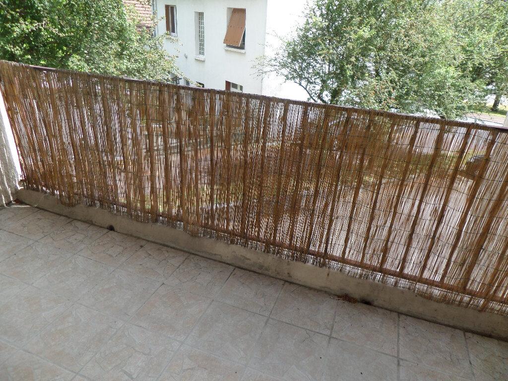 Appartement à louer 1 35m2 à Limoges vignette-4