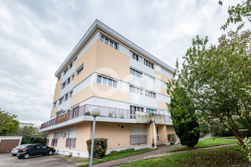 Appartement à louer 3 67m2 à Limoges vignette-1