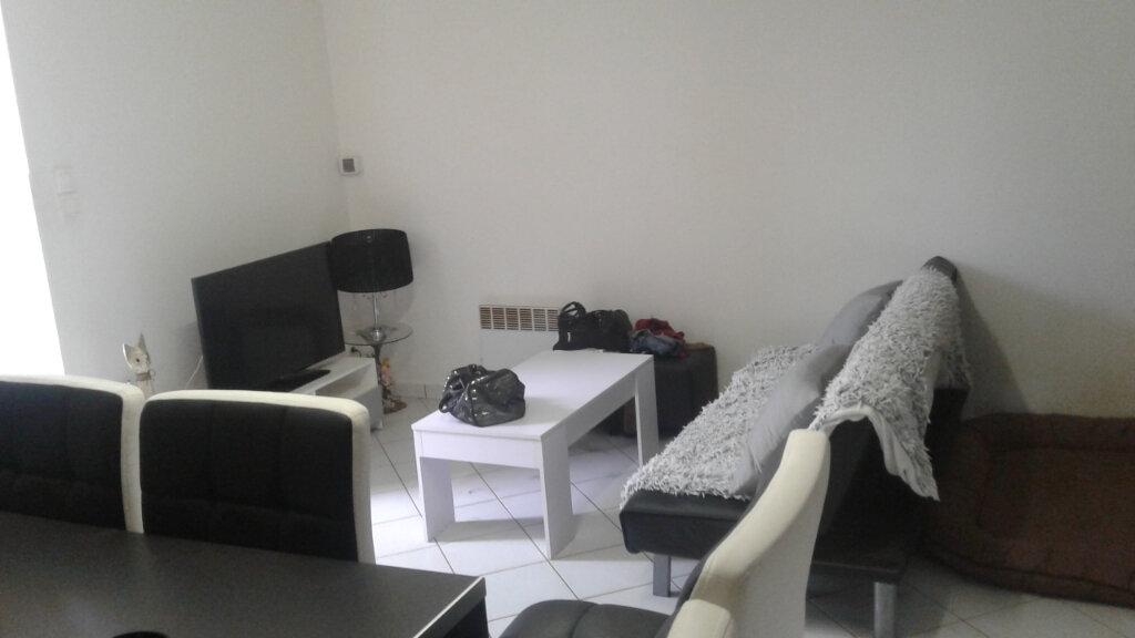 Appartement à louer 2 42m2 à Flavignac vignette-4