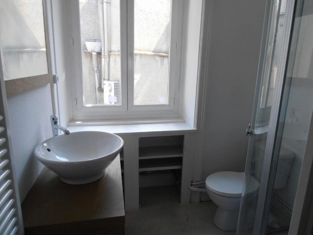 Appartement à louer 2 48m2 à Limoges vignette-5