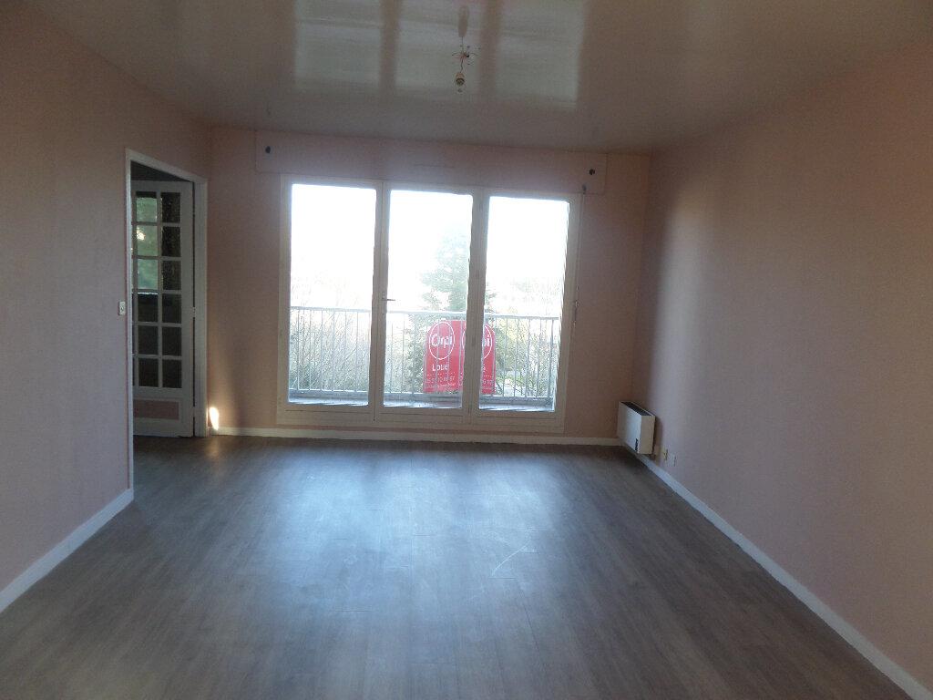 Appartement à louer 4 82m2 à Limoges vignette-1