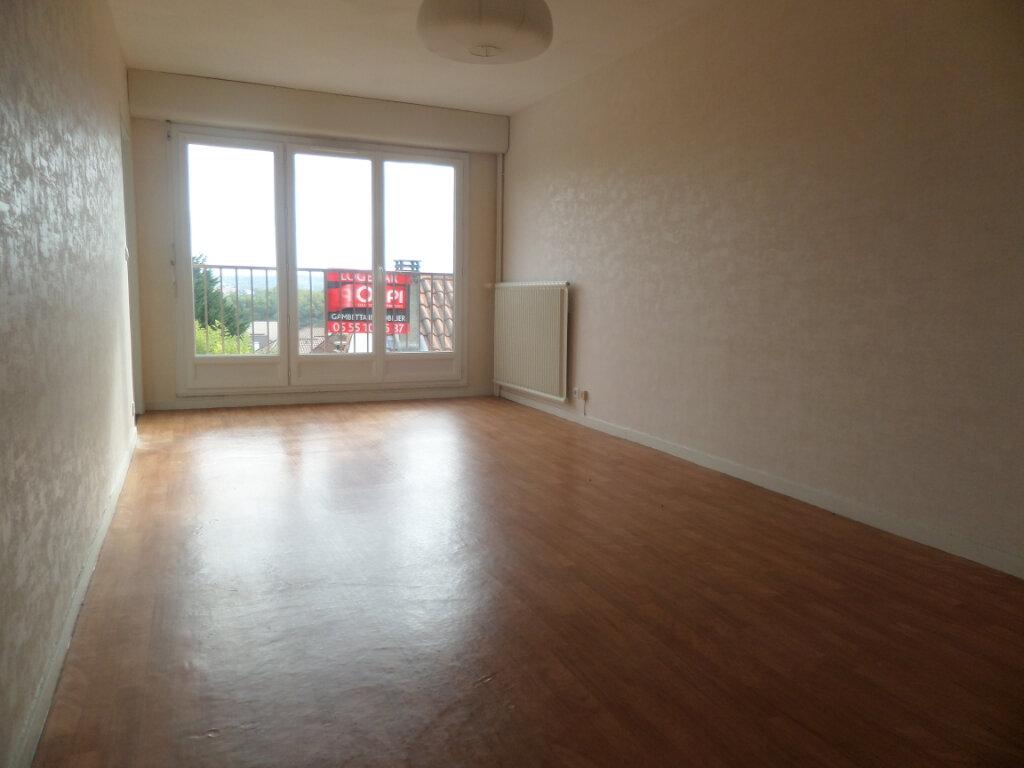 Appartement à louer 1 29m2 à Limoges vignette-1