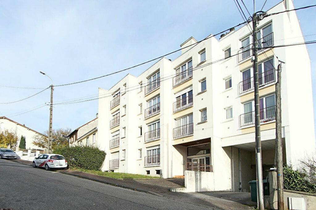 Appartement à louer 1 29m2 à Limoges vignette-4
