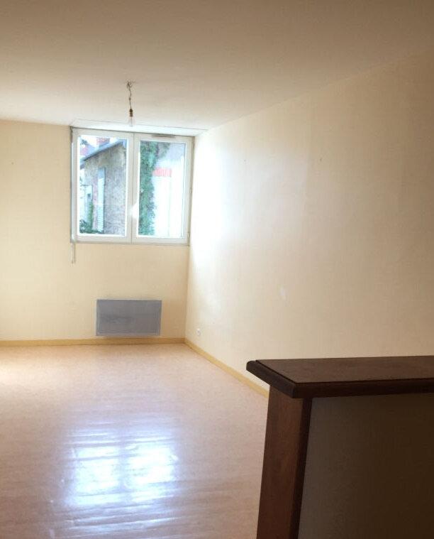 Appartement à louer 1 33m2 à Limoges vignette-2