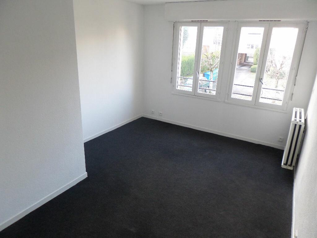Appartement à louer 1 33.28m2 à Limoges vignette-3