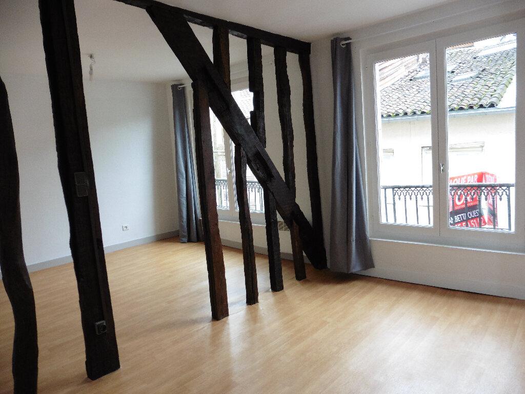 Appartement à louer 1 25.01m2 à Limoges vignette-1