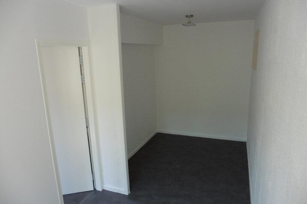 Appartement à louer 2 27.08m2 à Limoges vignette-5