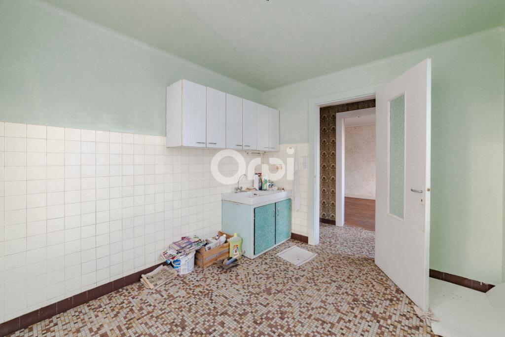 Maison à vendre 4 77m2 à Bujaleuf vignette-4