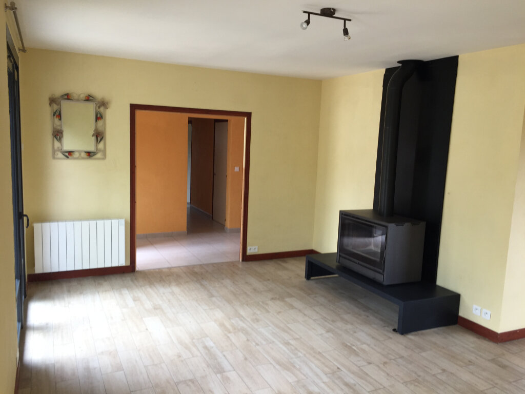 Maison à louer 5 117m2 à Aixe-sur-Vienne vignette-3