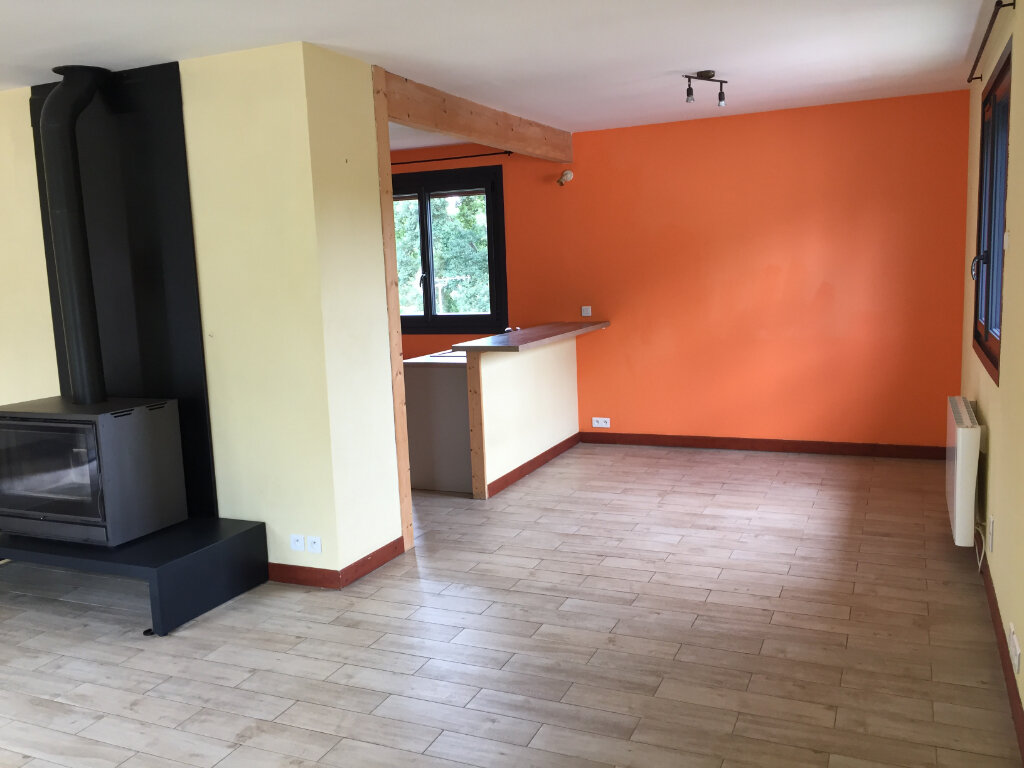Maison à louer 5 117m2 à Aixe-sur-Vienne vignette-4