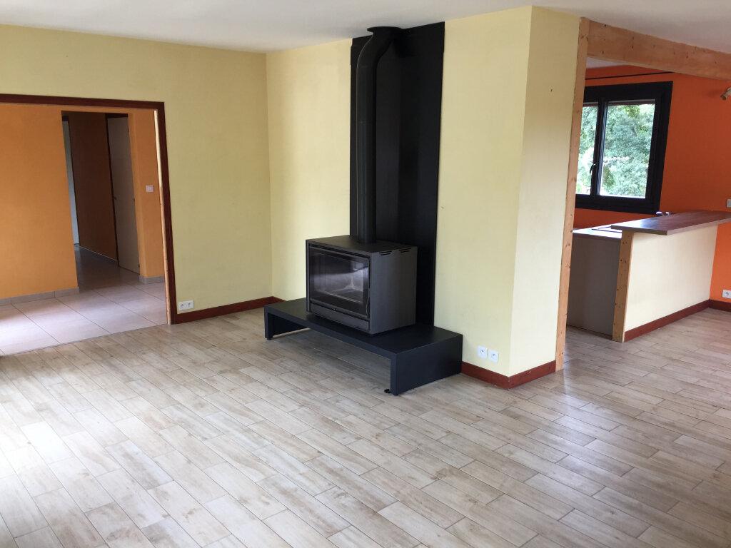 Maison à louer 5 117m2 à Aixe-sur-Vienne vignette-5