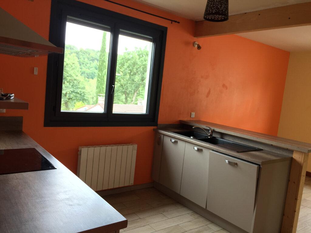 Maison à louer 5 117m2 à Aixe-sur-Vienne vignette-7