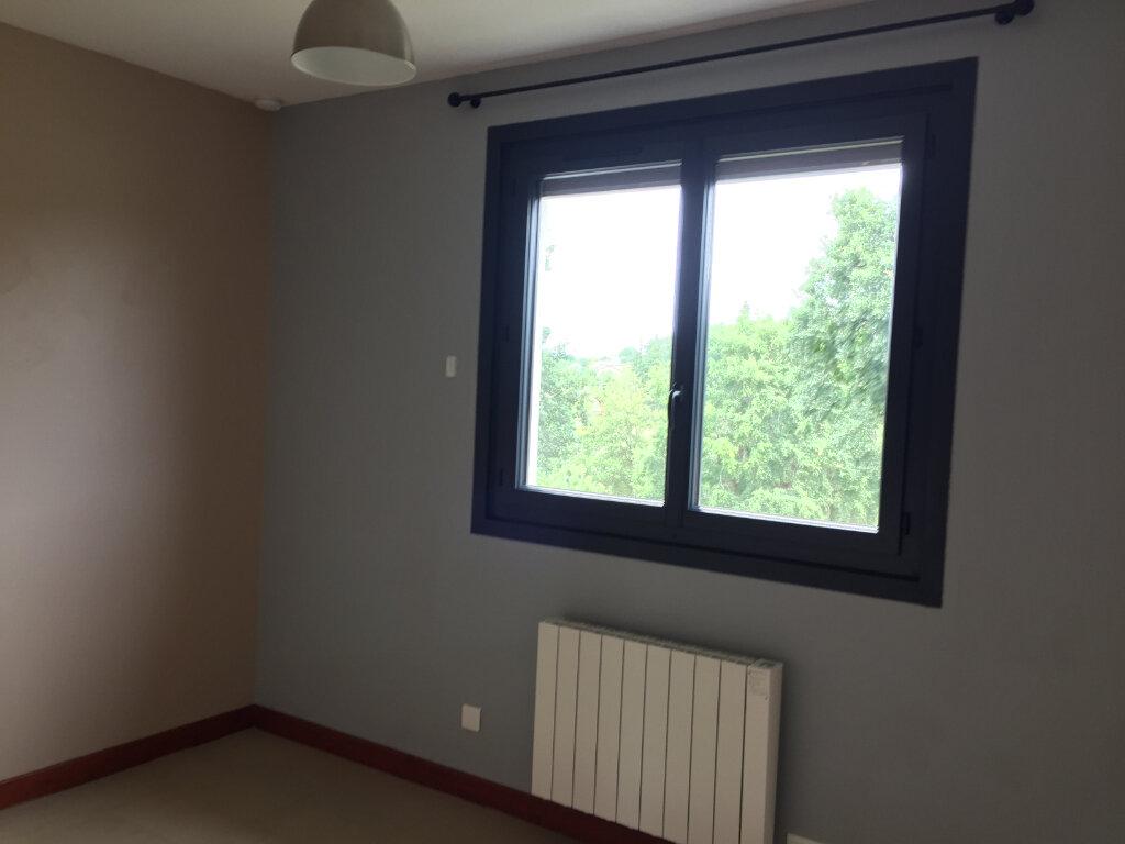 Maison à louer 5 117m2 à Aixe-sur-Vienne vignette-9