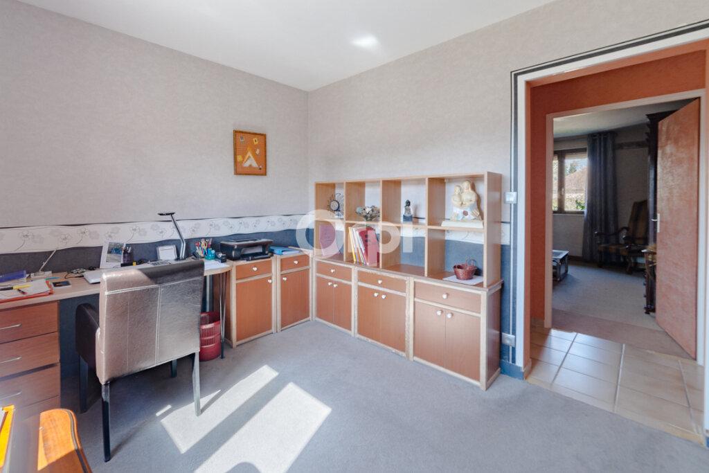 Maison à vendre 7 163.83m2 à Feytiat vignette-5