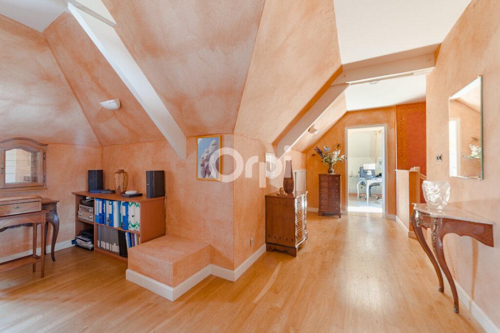 Maison à vendre 7 163.83m2 à Feytiat vignette-10