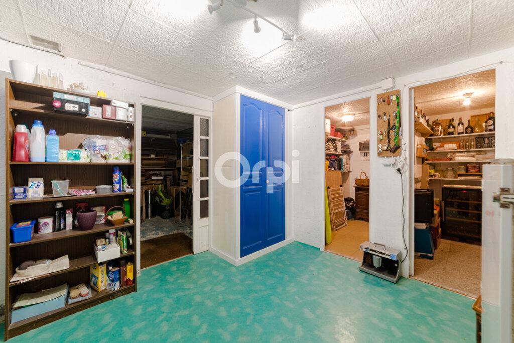 Maison à vendre 7 163.83m2 à Feytiat vignette-11