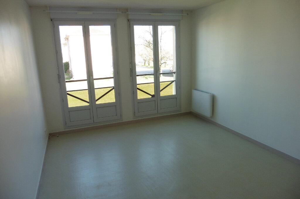 Appartement à louer 2 45.03m2 à Limoges vignette-4
