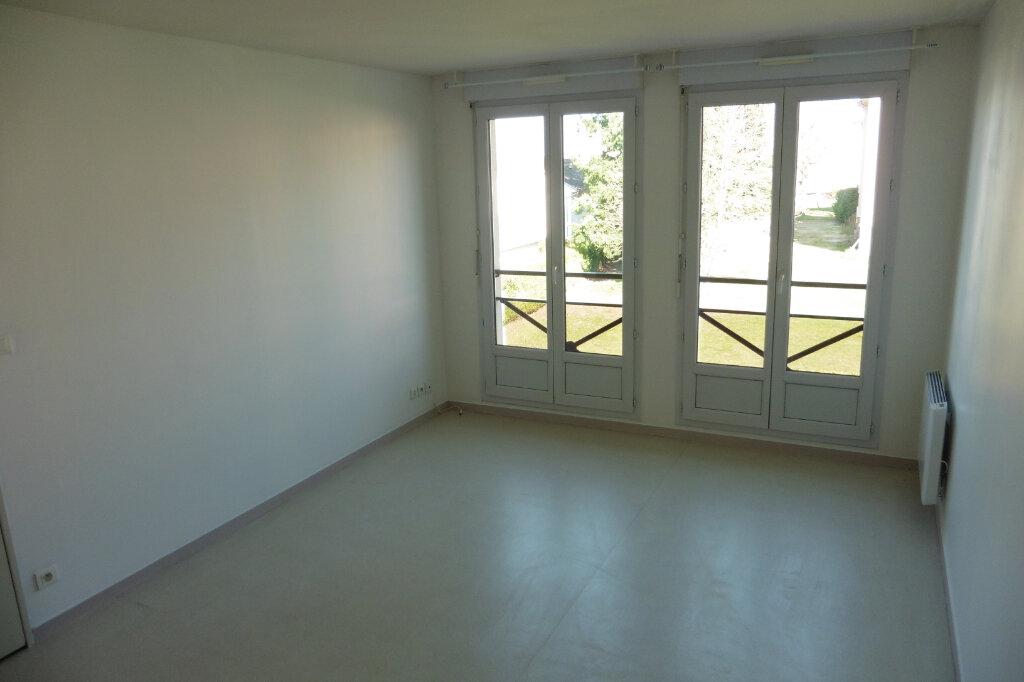 Appartement à louer 2 45.03m2 à Limoges vignette-5