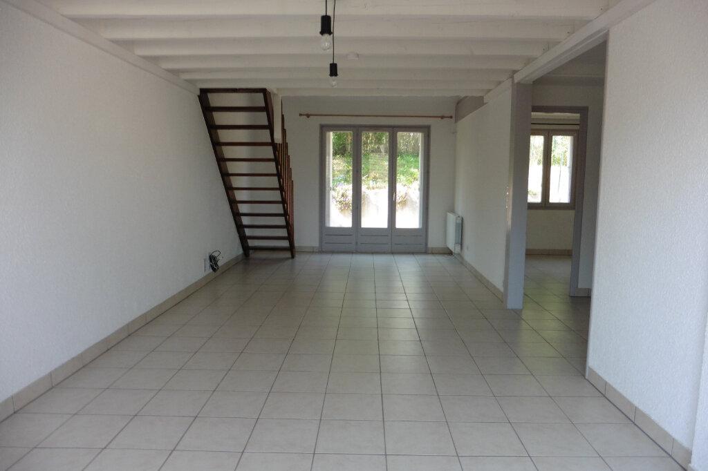 Maison à louer 4 84.6m2 à Limoges vignette-2