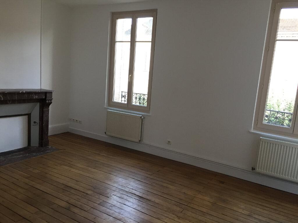 Appartement à louer 2 47.25m2 à Limoges vignette-2