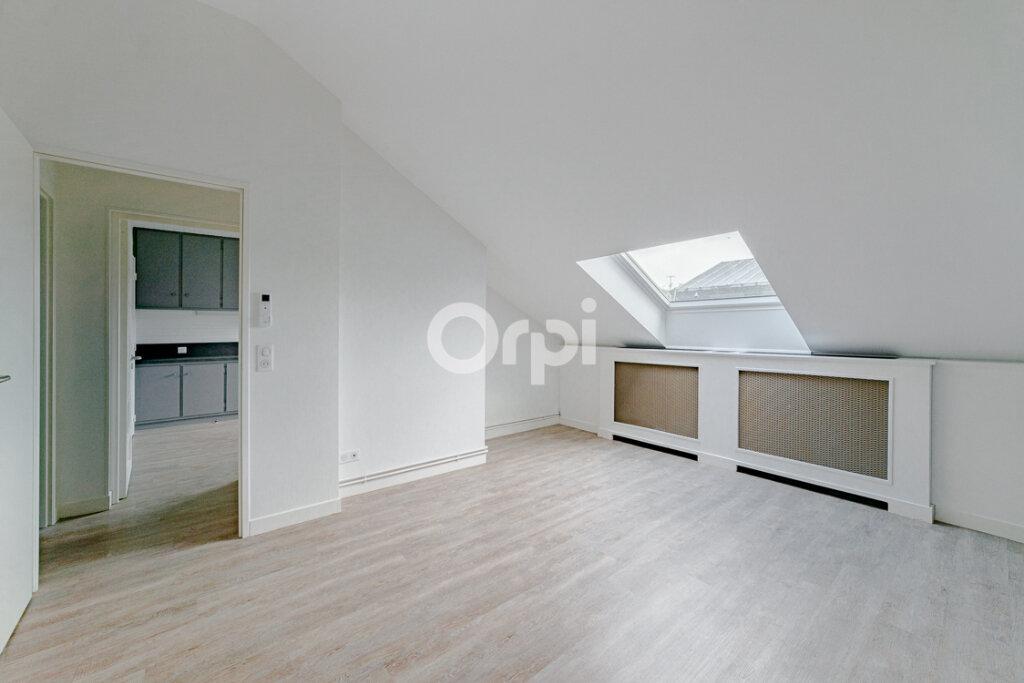 Appartement à louer 2 46m2 à Limoges vignette-1