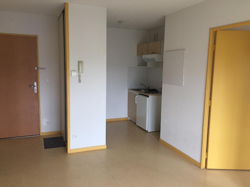 Appartement à louer 2 35.32m2 à Limoges vignette-3