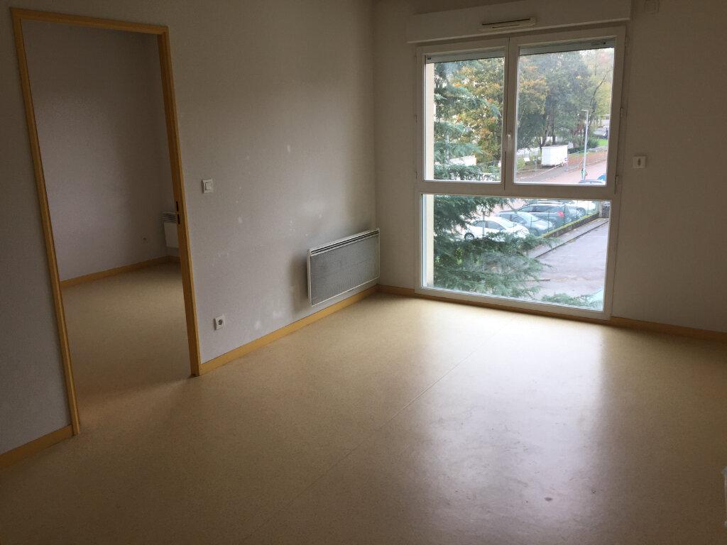 Appartement à louer 2 35.32m2 à Limoges vignette-4