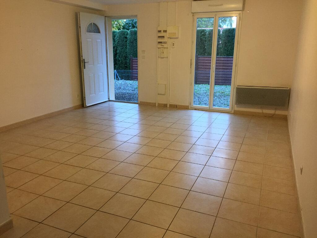 Appartement à louer 3 61.55m2 à Verneuil-sur-Vienne vignette-1