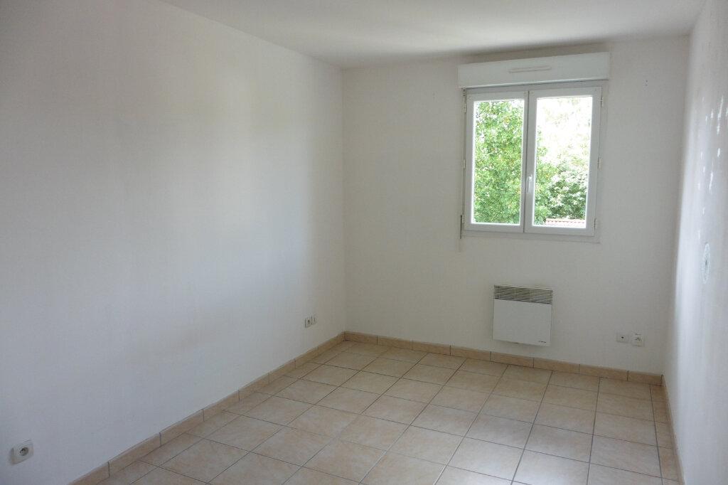 Appartement à louer 3 61.55m2 à Verneuil-sur-Vienne vignette-5