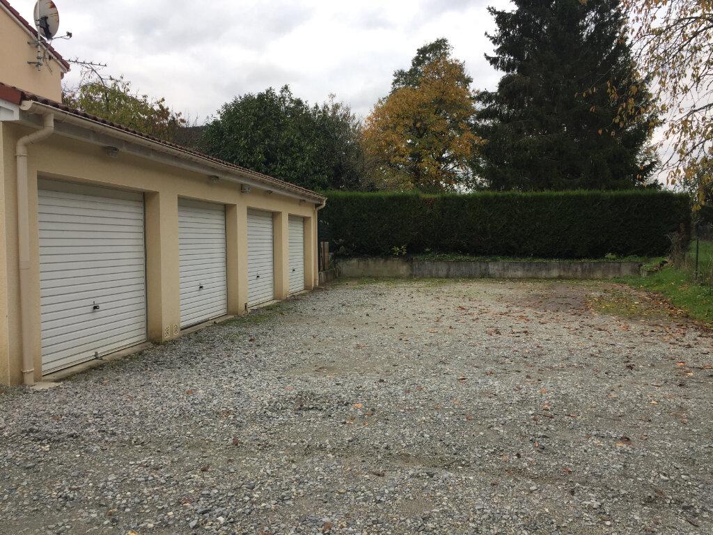 Appartement à louer 3 61.55m2 à Verneuil-sur-Vienne vignette-8