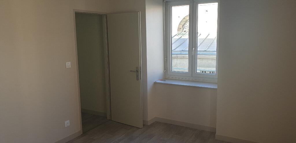 Appartement à louer 3 53m2 à Aixe-sur-Vienne vignette-3